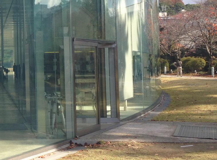 金沢21世紀美術館 南口