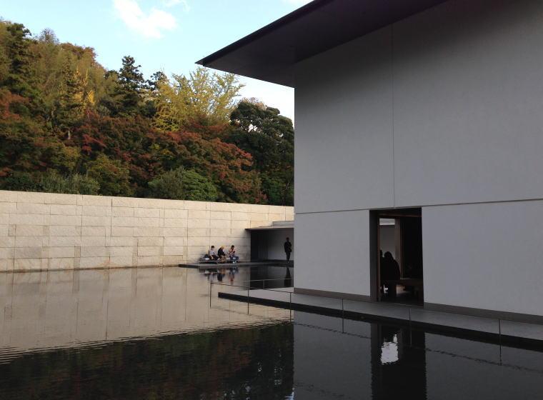 鈴木大拙館 水鏡の庭 思索空間