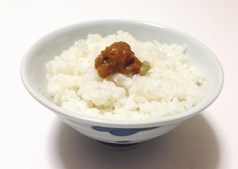 北海道奥尻産『粒うに』 ご飯にかけてみた