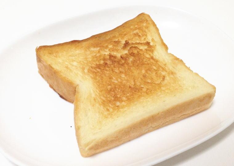 「食パン工房 春日」の食パン 焼いて食べてみる