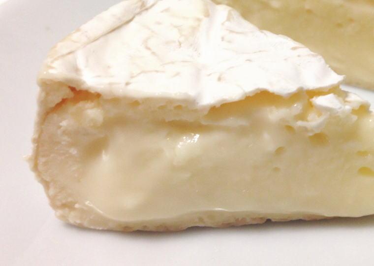 『くろまつない カマンベールチーズ』 とろけたところ