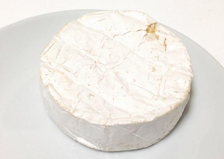 『くろまつない カマンベールチーズ』 開封